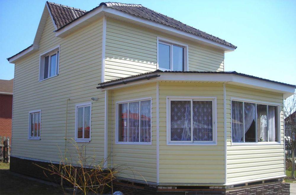 Сайдинг - цветовая гамма, образцы обшитых домов в разных цве.